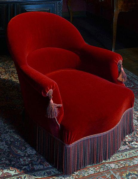 Comment refaire un fauteuil crapaud ancien ?